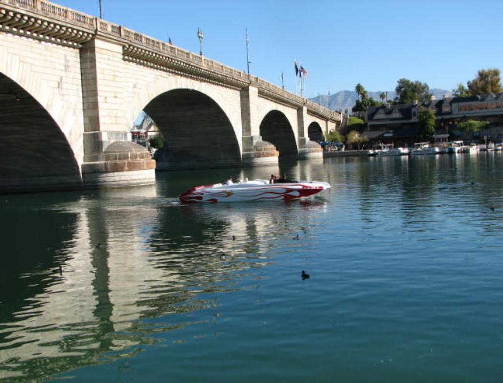 London Bridge Lake Havasu City Arizona Usa